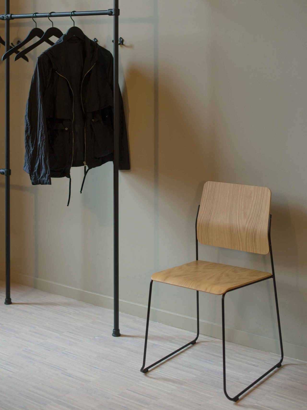 Montoya_Chair_13_2400x3200